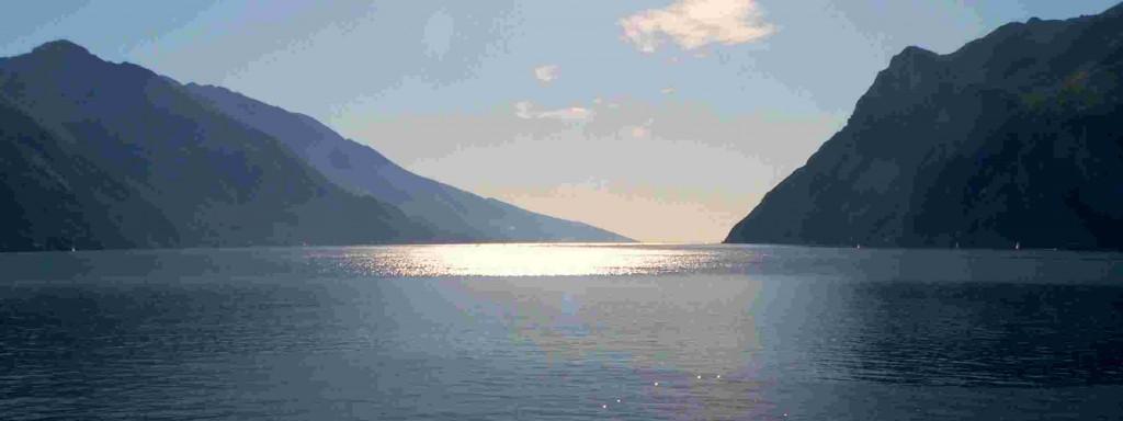 Meditatie bergmeer
